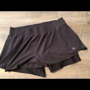 Gap fit shorts large